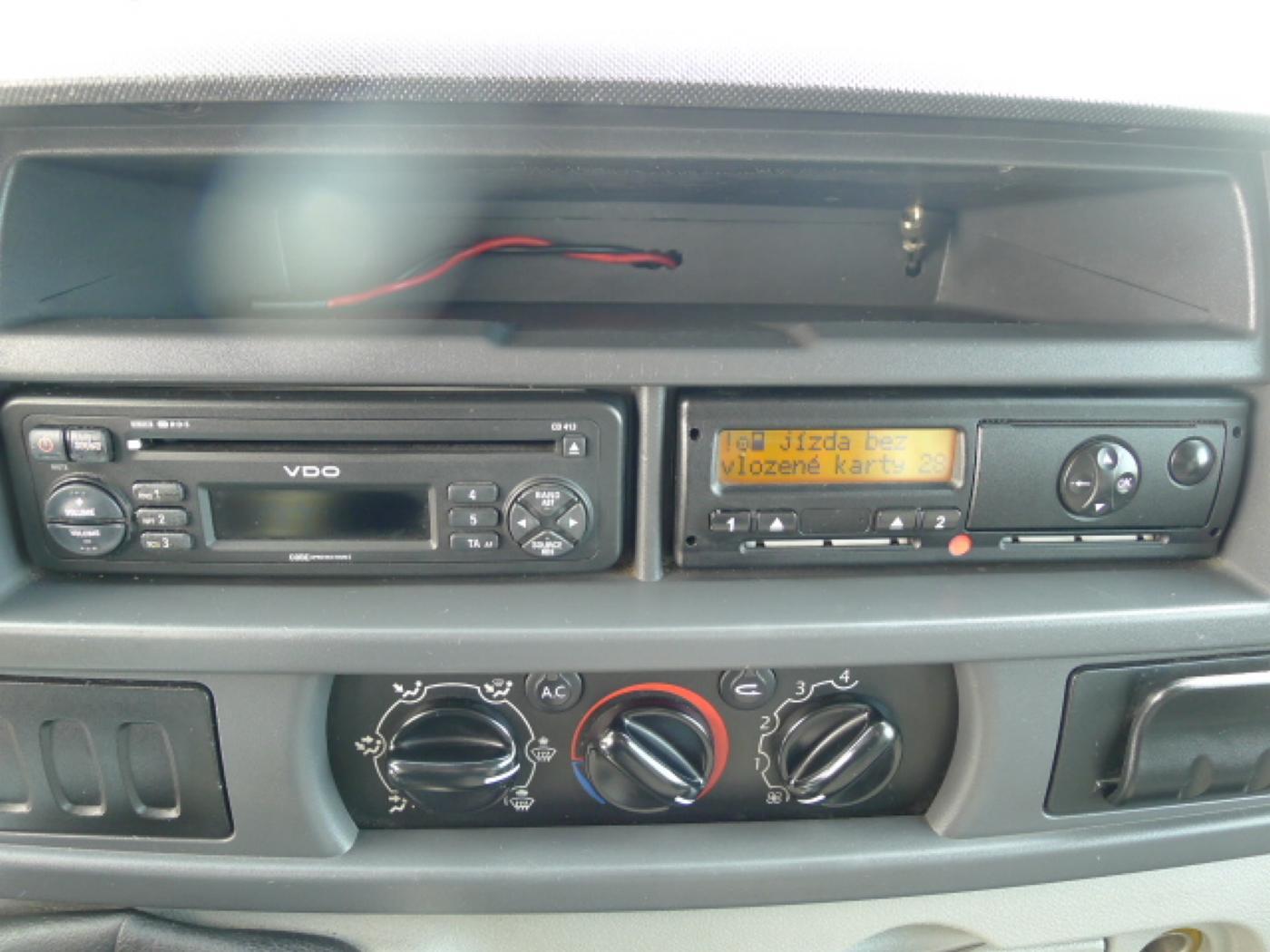 Opel Movano 2,5 CDTI 16míst+klima+webasto Novinka - 11