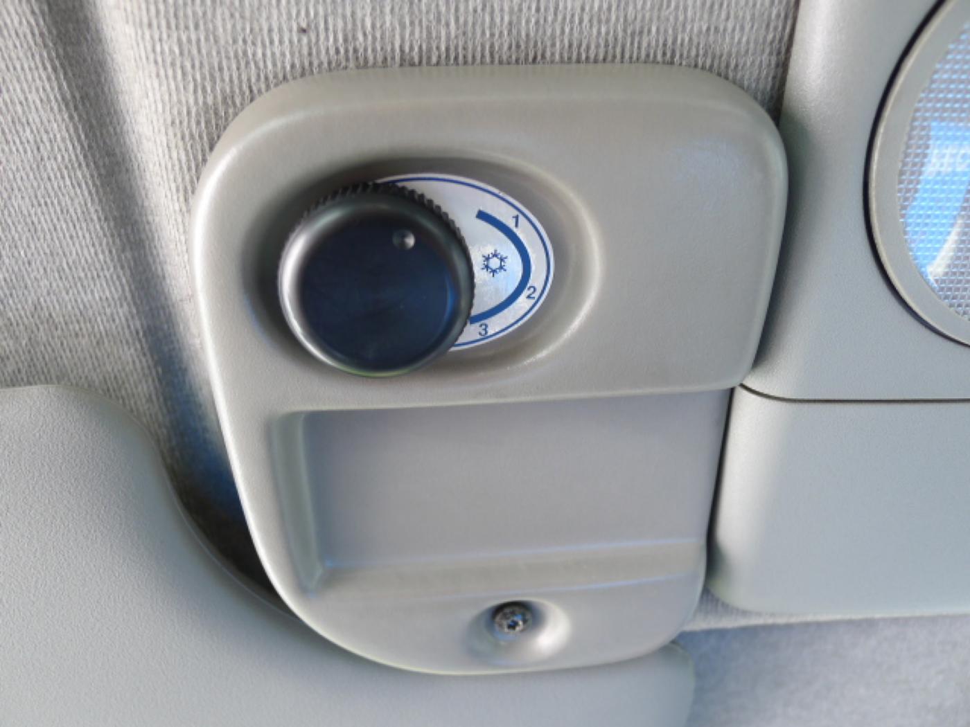 Opel Movano 2,5 CDTI 16míst+klima+webasto Novinka - 13