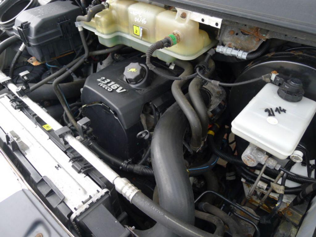 Iveco Daily 35S14 2,3HPI Maxi 6míst+klima Akce! Novinka - 16