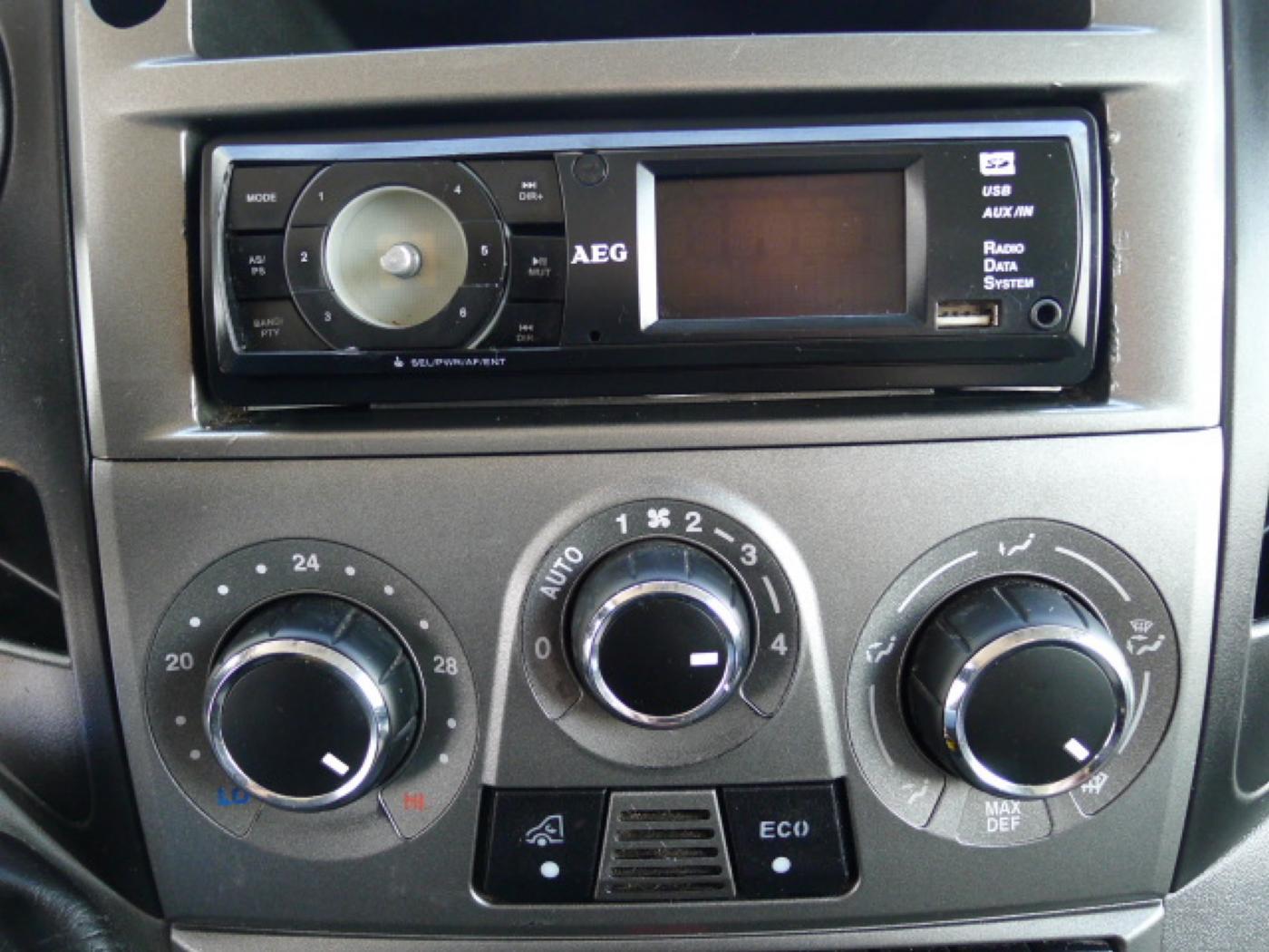 Iveco Daily 35S13 2,3HPI Maxi Klima+Kamera  Akc Novinka - 10