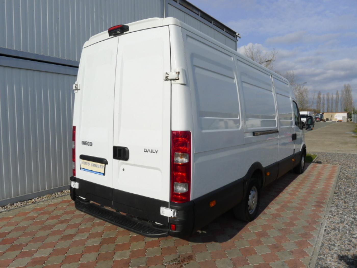 Iveco Daily 35S13 2,3HPI Maxi Klima+Kamera  Akc Novinka - 3