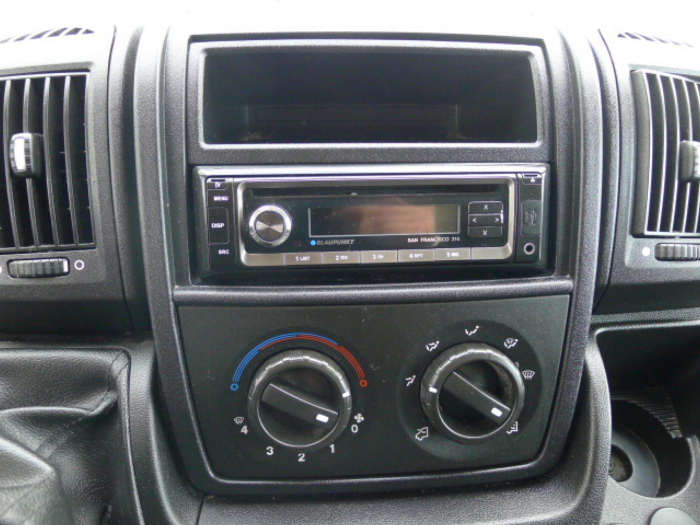 Peugeot Boxer 2.2 HDI L1H1 Klima Akce!!! Novinka - 10