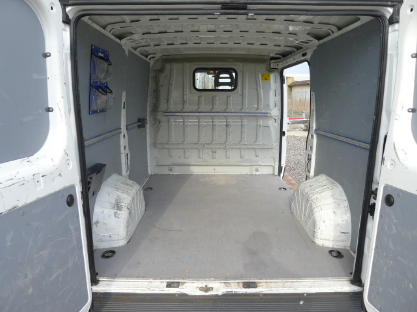Peugeot Boxer 2.2 HDI L1H1 Klima Akce!!! Novinka - 6